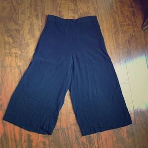 Chelsea 28- High Waisted Palazzo pants. Size XS